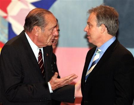 Tony Blair and Jacques Chirac meet at the EU summit in Brussels. <font size=-2>(Source: Reuters)</font>