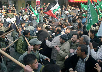 Clashes between Fatah and Hamas in West Bank town of Ramallah. <font size=-2>(Source: <i>New York Times</i>)</font>