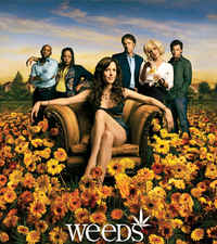 Publicity shot of TV series <i>Weeds,</i> about a single mother selling marijuana from her home. <font size=-2>(Source: Showtime)</font>