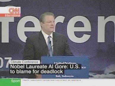 Al Gore speaking at Climate Change Conference <font face=Arial size=-2>(Source: CNN)</font>