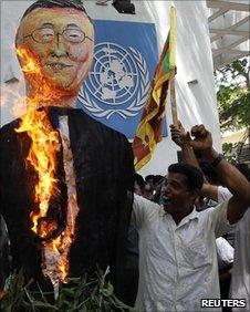 Ban Ki-Moon burns in effigy in Sri Lanka <font size=-2>(Source: BBC)</font>