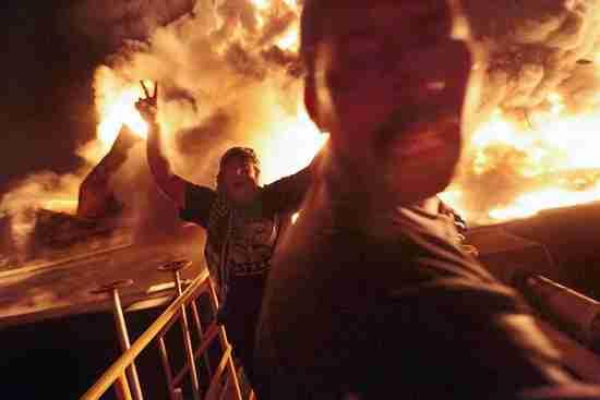 Fuel depot explosion in Misrata Libya (AP)