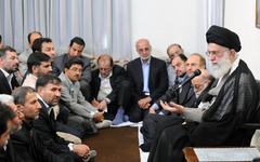 The winner -- Khamenei meets with members of the High Council of Mayors (leader.ir)