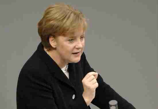 Angela Merkel strongly opposes a Greek default