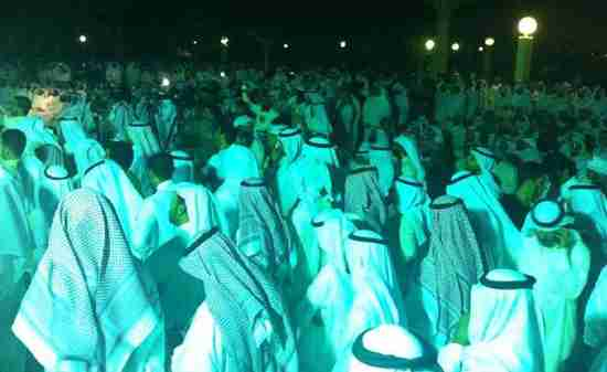 Kuwaitis in Kuwait City demonstrate to demand expulsion of Syrian ambassador (AFP)