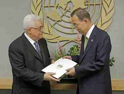 Abbas presents statehood application to UN Secretary-General Ban Ki-moon on Friday (AP)