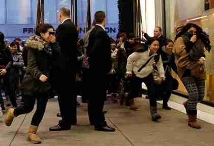 Chinese shoppers flood into Selfridges