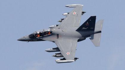 Yakovlev Yak-130 Mitten combat trainer