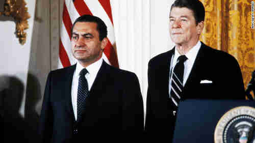 Hosni Mubarak and Ronald Reagan in the White House in 1982