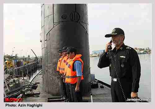 Iran's Navy Chief Rear Admiral Habibollah Sayyari orders the commencement of the exercises (Payvand)