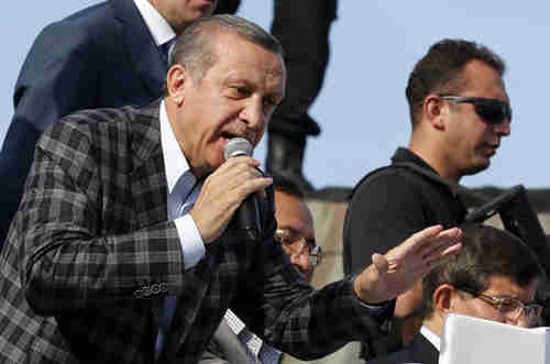 Turkey's Erdogan addresses supporters and denounces demonstrators (Reuters)