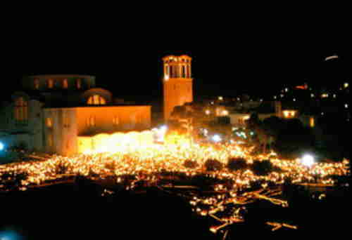Agios Thomas (Saint Thomas) Church in Athens, just after midnight on Easter