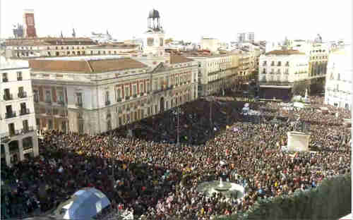 Podemos supporters in Madrid's Cibeles square on Saturday (Skyline Webcam)