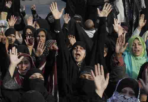 Pakistani Shia women condemning anti-Shia terrorist attack last month (AP)