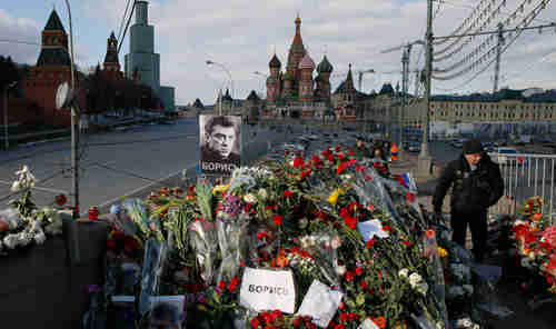 Public shrine to Boris Nemtsov in Moscow (Moscow Times)