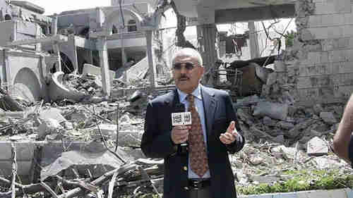 Former Yemen president Ali Abdullah Saleh addresses the nation from the ruins of his home. (Reuters)