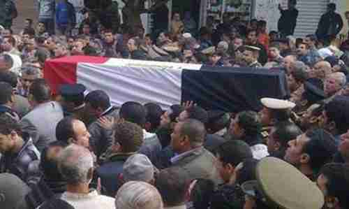 Mourners carry flag-wrapped casket during the funeral of a slain soldier, in Alexandria, Egypt, on Thursday (Al-Ahram)