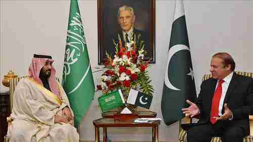 Saudi's defense minister visited Pakistan's Nawaz Sharif, but failed to get his support versus Iran. (AA)