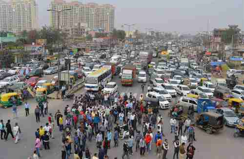 Jat protests cause massive traffic jams blocking highways in Delhi (PTI)