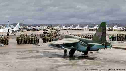 Russian fighter jets in Syria (dpa)