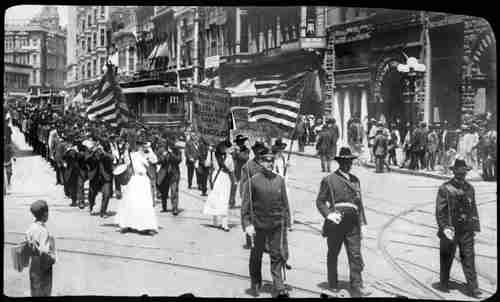 May 30, 1912: About 700 Civil War veterans marched in this parade on Decoration Day in Los Angeles (LA Times)
