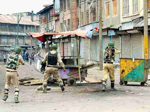 Anti-Indian protesters clashing with Indian police in Srinagar in Kashmir