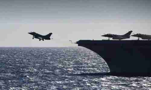 A Rafale fighter jet takes off from the French aircraft carrier Charles de Gaulle. (AFP)