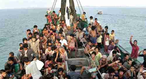 Rohingya boat people fleeing from violence in Myanmar (Burma)