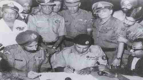 India celebrates its victory over Pakistan on December 16, 1971