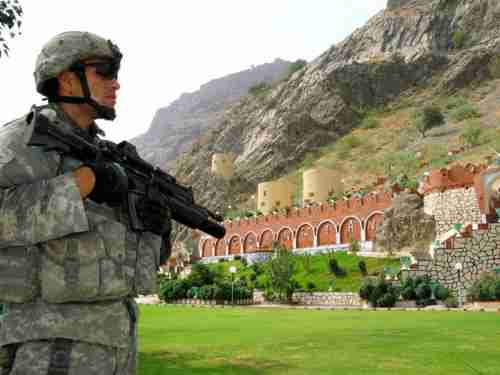 American soldier at the Afghan border