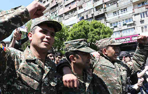 Soldiers from Armenia's army join the anti-government protests in Yerevan (charter97.org)