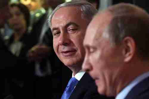 Benjamin Netanyahu and Vladimir Putin at a joint press conference in Sochi (AFP)