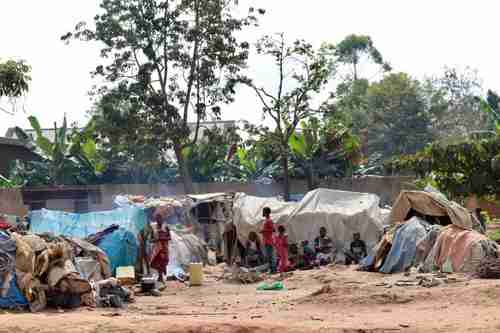 A makeshift site for internally displace people in North Kivu province of DRC (UNHCR)