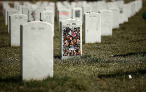 Arlington National Cemetary's Section 60 is where most of the casualties from the Iraq and Afghanistan wars are buried. (Getty)