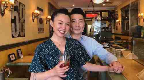 Isabel Zhang was born in mainland China, while her husband James Xu is Taiwanese.  The Australian couple are worried about their respective families in case of war (Australian Broadcasting)
