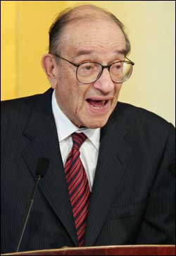 Alan Greenspan, speaking in Hong Kong last week. <font face=Arial size=-2>(Source: thestandard.com.hk)</font>