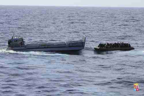 Rescue of migrants in rubber dinghy