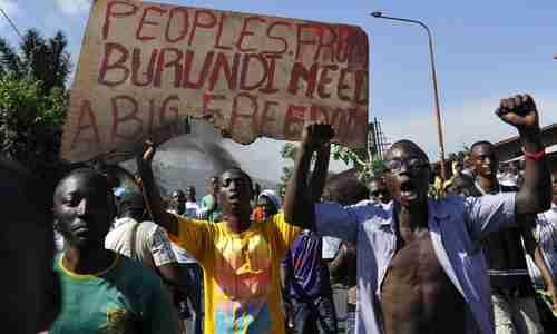 Police clash with anti-Nkurunziza protesters in Burundi's capital city, Bujumbura (AFP)