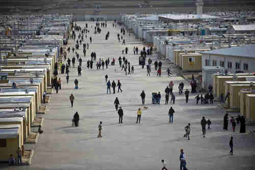 Syrian refugees in the Elbeyli refugee camp in Kilis, Turkey (Anadolu)